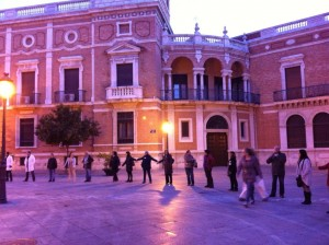 Cadena humana contra los recortes en Valencia (22 de marzo de 2012)