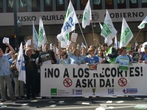 Concentracion ante la sede del Gobierno Vasco en Bilbao (29 de marzo de 2012)