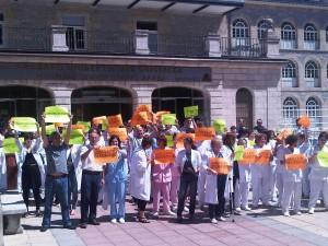 Concentraciones en el Hospital Santiago, Vitoria-Gasteiz (13 de julio de 2012)