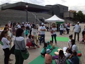 Dcenas de ciudadanos visitan #xtusalud Granada